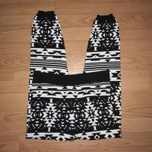 SO Heritage Geometric Pattern Knit Joggers